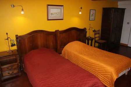 chambre jaune 01